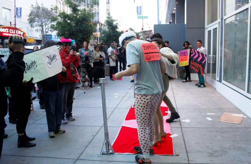 the bay-to-breakers runner takes to the red carpet of the step-and-repeat